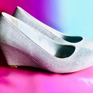 Silver Glitter Wedge Pumps size 7.5 NEVER WORN